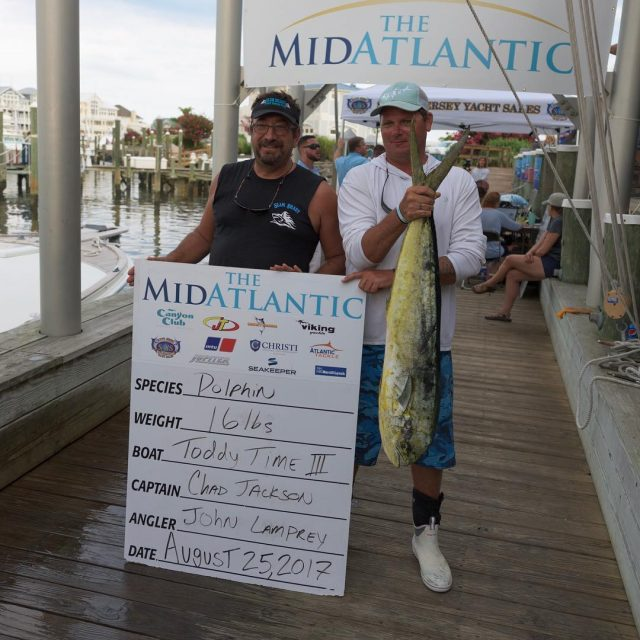 16lbs of Mahi weighed in by the Toddy Time III!hellip